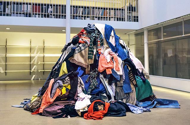 Необычные способы борьбы с мусором в разных странах